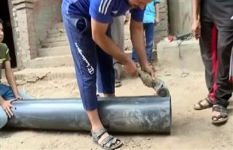 صاحب مبادرة تغطية أعمدة الإنارة بالبلاستيك: تحركنا بعد وفاة طفلة بسبب الكهرباء | صور