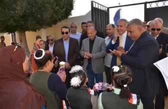 نائب محافظ الإسماعيلية يتفقد عددا من المدارس وقرية الأمل بمدينة القنطرة| صور