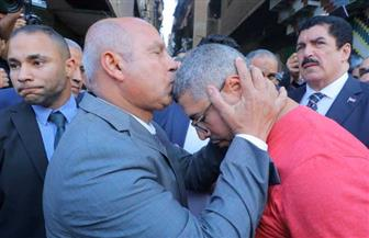 وزير النقل يعتذر لأسرة ضحية واقعة قطار الإسكندرية.. ويؤكد: حق المتوفى لن يضيع | صور