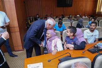 ضم 8090 أسرة جديدة لمعاش تكافل وكرامة ببورسعيد| صور