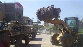 رفع 140 طن مخلفات صلبة في أكبر حملة بمدينة القرنة غرب الأقصر| صور