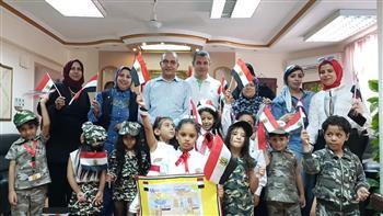 أطفال روضة الزهراء يحتفلون مع وكيل وزارة التربية والتعليم بذكرى نصر أكتوبر | صور