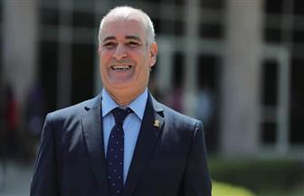 """دخول رئيس جامعة الفيوم مستشفى العزل الصحي للاشتباه في إصابته بـ""""كورونا"""""""