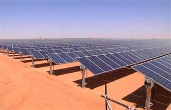 """32 محطة شمسية و10 آلاف فرصة عمل.. """"بنبان"""" حلم الطاقة النظيفة في مصر.. المشروع الأكبر عالميا يحظى بإشادات دولية"""