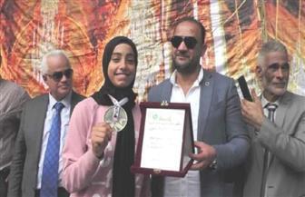 تكريم بسملة محمود الحاصلة على ذهبية العالم للكاراتيه بتشيلي