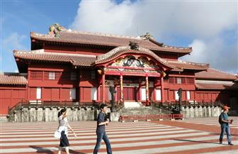 حريق يأتي على قلعة تاريخية في جزيرة أوكيناوا اليابانية