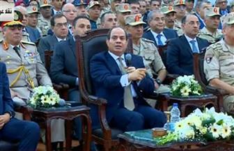 """الرئيس السيسي: """"هنفتتح كل يوم مشروع واللي هيزعل يتفلق"""""""