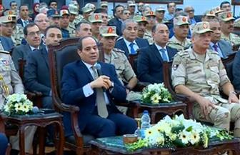 الرئيس السيسي يؤكد ضرورة فتح الباب أمام الشعب للمساهمة بشركات القوات المسلحة