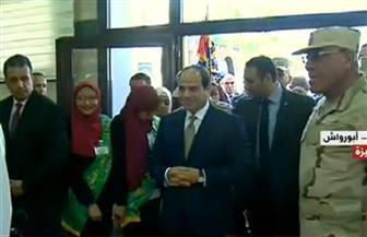 الرئيس السيسي يزيح الستار ويتفقد مصنعي الغازات الطبية بأبو رواش