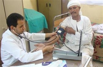 """قافلة طبية مجانية بقرية """"عرابة أبو الدهب"""" بسوهاج"""