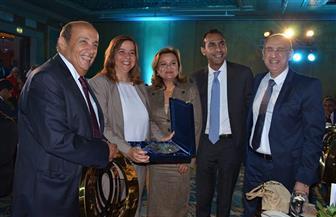 اتحاد التمويل العقارى يُكرم الرئيس التنفيذي لصندوق الإسكان الاجتماعي| صور