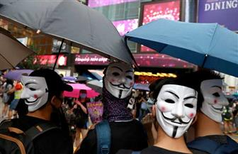 مسئول بارز في هونج كونج: لا نستبعد حظر الإنترنت