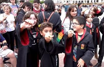 """محبو شخصيات """"هاري بوتر"""" في برشلونة يسعون لكسر الرقم القياسي لتجمع معجبيه  فيديو"""