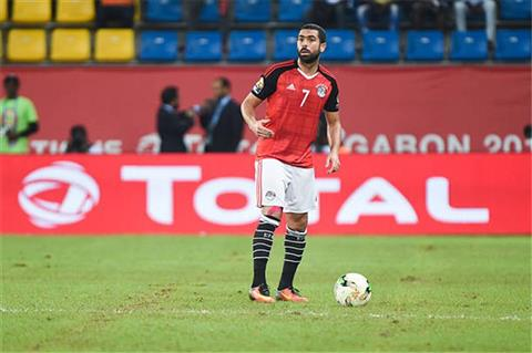 كواليس اجتماع حسام البدري مع أحمد فتحي في معسكر المنتخب -