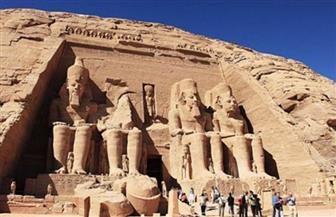 معبد أبو سمبل يستقبل 2100 سائح أجنبي اليوم