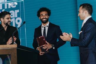 محمد صلاح: شرف لي التتويج بجائزة رجل العام