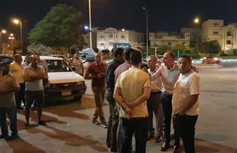 رئيس جهاز الشروق يقود حملة ليلية على المقاهى المخالفة بالمدينة | صور