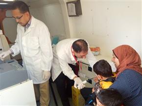 الكشف على 2376 مريضا في قافلة طبية بقرية الاتحاد في البحيرة| صور