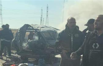 مصرع 4 أشخاص وإصابة 3 آخرين فى انقلاب سيارة واحتراقها بطريق السويس | صور