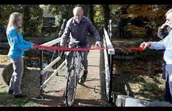 مسن بريطاني يقطع مسافة مليون ميل بدراجة هوائية