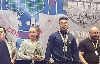رئيس جامعة القناة يكرم الطالب أمير لحصوله على بطولة القوى البدنية بفنلندا