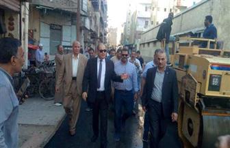 محافظ الغربية يفاجئ أعمال الرصف بمنطقة تل الحدادين ومسجد العمري بطنطا | صور