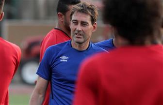 «فايلر» يحاضر لاعبي الأهلي قبل بداية التدريبات