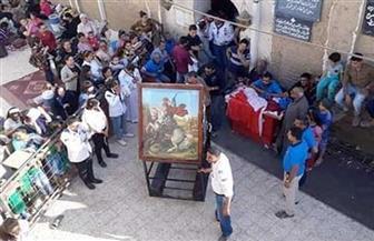 الآلاف يواصلون الاحتفال بمولد دير مارجرجس بجبل الرزيقات في الأقصر| صور