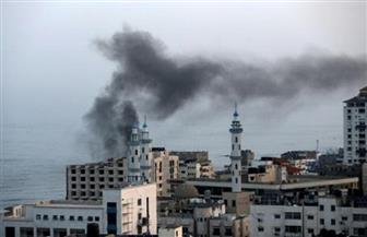 وفاة 4 فلسطينيين وإصابة 50 آخرين جراء حريق في سوق شعبية في قطاع غزة