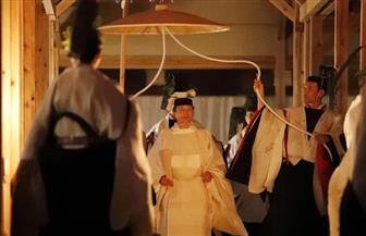إمبراطور اليابان يبدأ آخر طقوس تتويجه.. قضاء الليل مع إلهة الشمس