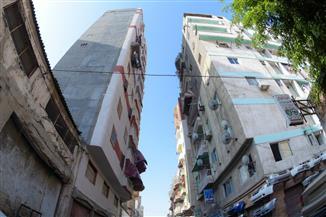 """معاينة عقار """"الجمرك"""" المائل بالإسكندرية.. والتقرير النهائي خلال 10 أيام   صور"""