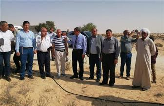 معاينة الموقع المقترح لإنشاء محطة تحلية مياه ومزرعة سمكية ببئر العبد | صور