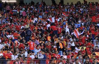 الدعم الجماهيري يشعل حماس المنتخب الأوليمبي.. وإستاد القاهرة يكتسي بألوان العلم المصري | صور