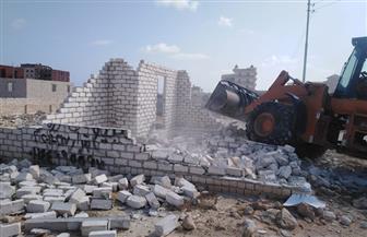 إزالة التعديات على مساحة 3810 م2 من أراضى الدولة في مرسى مطروح| صور