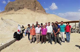 إقبال كبير من الوفود الأجنبية على زيارة حجرة الدفن بهرم اللاهون الأثري بالفيوم |صور