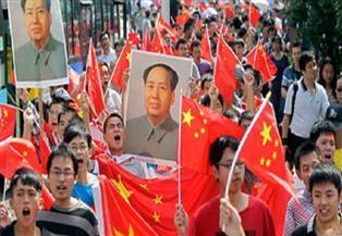 مئات من المحتجين المؤيدين للصين يتجمعون وسط فوضى بهونج كونج