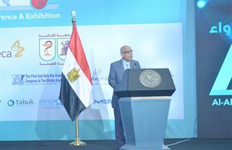 خلال مؤتمر الأهرام.. رئيس شعبة الأدوية يوضح معوقات صناعة الدواء في مصر
