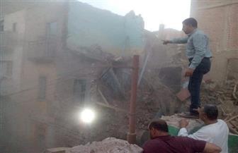 إزالة 4 منازل آيلة للسقوط بمركز مغاغة بالمنيا
