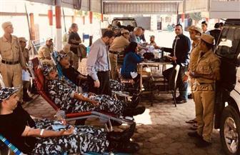 مديرية أمن أسيوط تنظم حملة للتبرع بالدم بمشاركة الضباط والأفراد والمجندين
