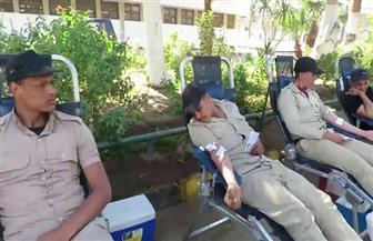مديرية أمن الغربية تنظم حملة للتبرع بالدم بمشاركة ضباط وأفراد ومجندين