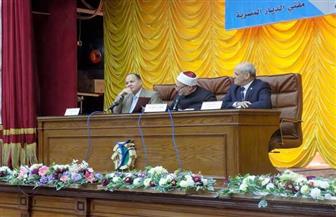 مفتي الديار المصرية لطلاب جامعة الفيوم: العلم هو السبيل الوحيد للتقدم