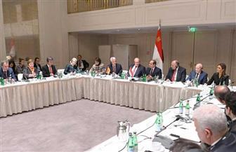 الرئيس السيسي يلتقي رؤساء كبرى الشركات والاتحادات الصناعية الألمانية