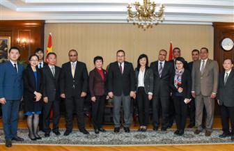 محافظ الإسكندرية يوقع خطاب نوايا لإقامة علاقة توأمة مع مقاطعة هاينان الصينية | صور