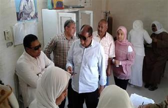 رئيس مدينة مرسى علم يتفقد قافلة طبية مجانية بالغردقة | صور