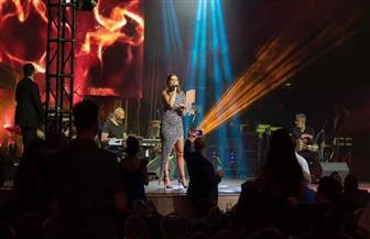 كارول سماحة تشعل أول حفل غنائي لها بالمكسيك / صور