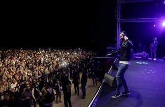 حمادة هلال يتألق بأحدث أغانيه في حفل بورسعيد/ صور