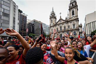 فلامنجو يصل البرازيل بكأس كوبا ليبرتادوريس وسط حشد جماهيري
