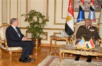 الفريق أول محمد زكي يلتقي وكيل وزارة الدفاع الأمريكية للسياسات