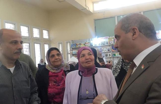 رئيس جامعة الأزهر يتفقد معرض الكتاب بفرع البنات ويؤكد أهمية القراءة في حياة الشعوب   صور -