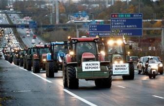 مظاهرة للمزارعين بالجرارات في باريس